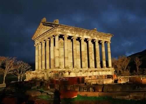 Templo griego de Garni